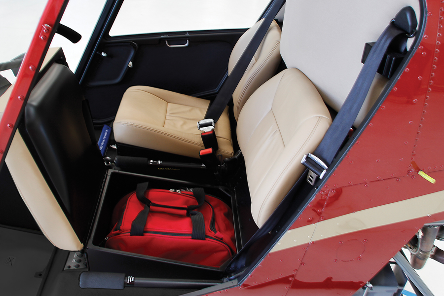 r22 with open under-seat storage compartment