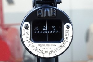standard magnetic compass windshield mounted